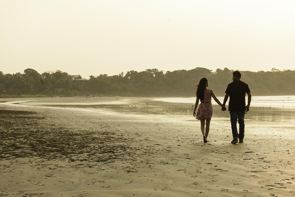 Photooneil Photography - Goa beach wedding photographers Miramar Goa